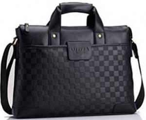 9779c4522d Cette sacoche pour ordinateur plaira aussi bien à une femme qu'à un homme.  De très bonne qualité, elle dégage une sensation de qualité et de  robustesse en ...